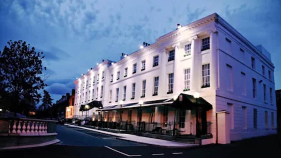 Hampton Hotel