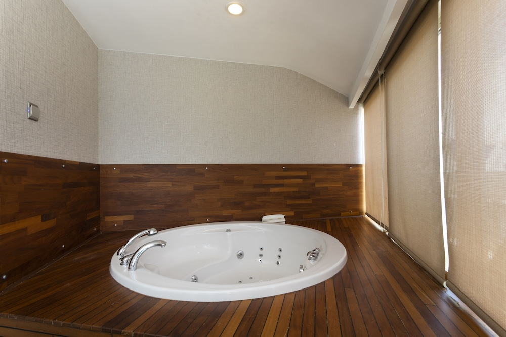 Jetted Tub, Orange County Resort Hotel Alanya - All Inclusive