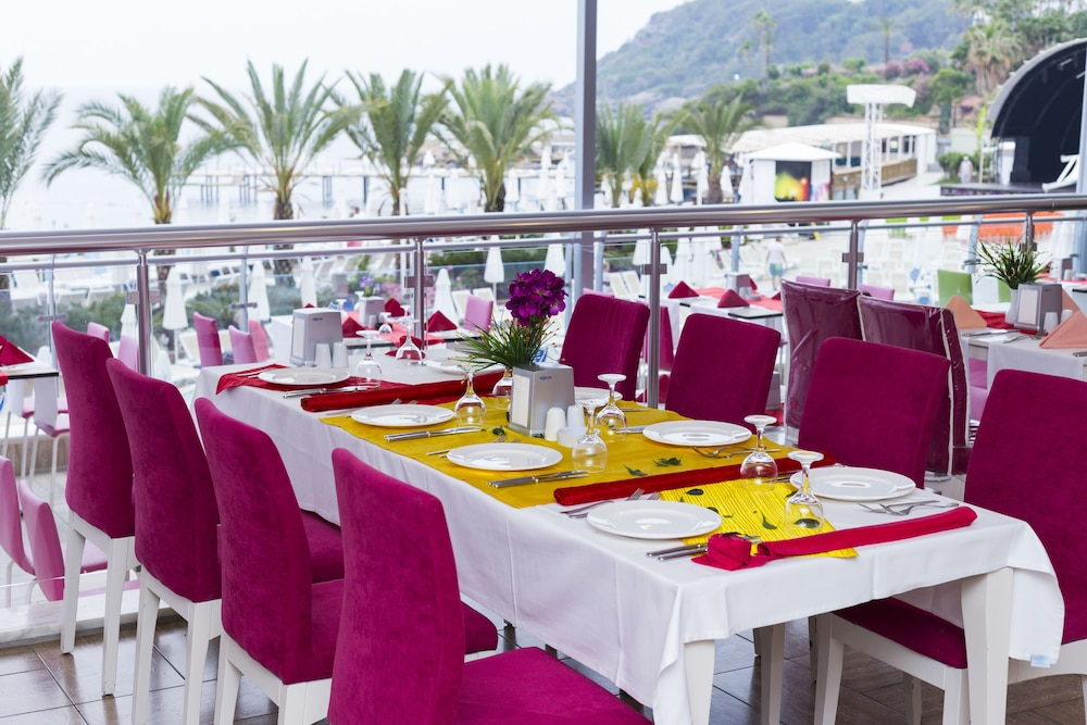 Outdoor Dining, Orange County Resort Hotel Alanya - All Inclusive