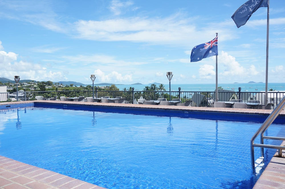 Pool, Whitsunday Terraces Hotel Airlie Beach