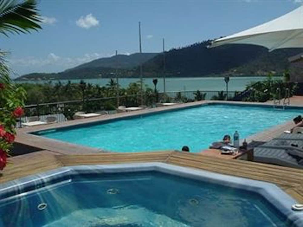 whitsunday terraces hotel airlie beach reviews photos. Black Bedroom Furniture Sets. Home Design Ideas
