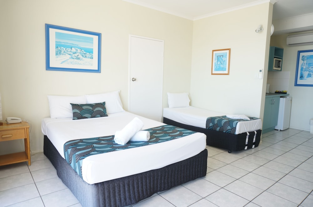 Room, Whitsunday Terraces Hotel Airlie Beach
