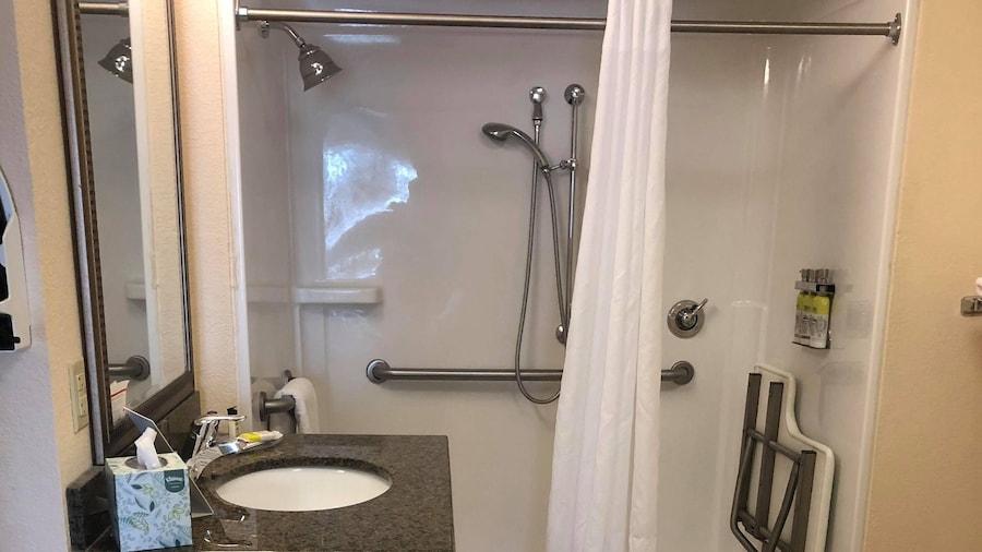 Staybridge Suites Philadelphia Valley Forge 422, an IHG Hotel