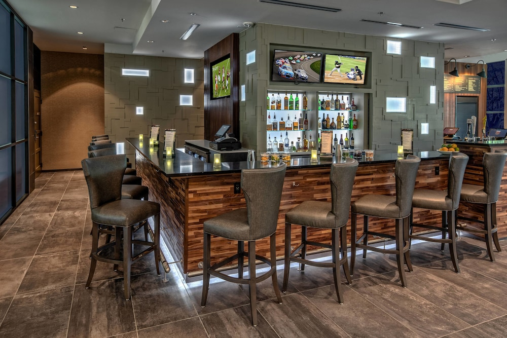 Bar, Courtyard by Marriott Dulles Airport Herndon