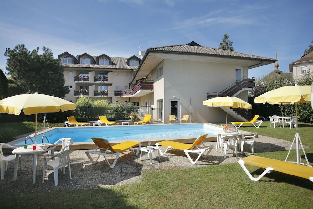 inter hotel thonon les bains l 39 arc en ciel thonon les bains room prices reviews travelocity. Black Bedroom Furniture Sets. Home Design Ideas