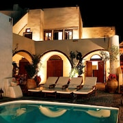 Villas & Mansions of Santorini Island