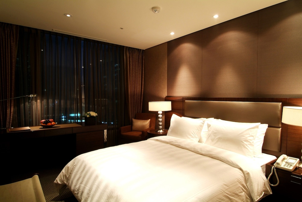 Room, LOTTE City Hotel Mapo