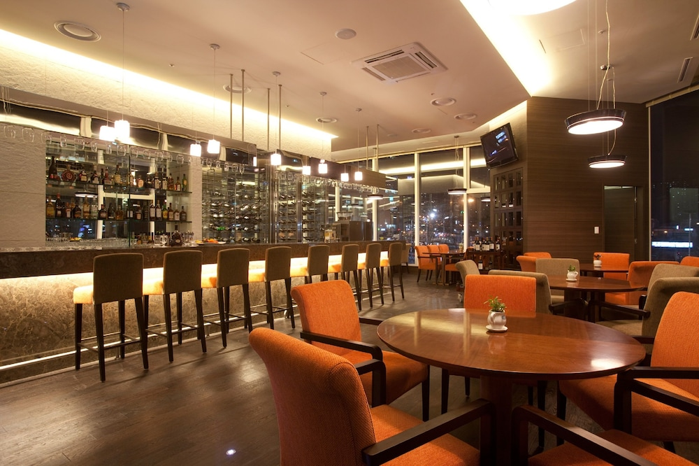 Bar, LOTTE City Hotel Mapo