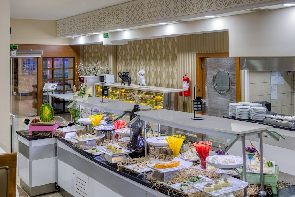 Breakfast buffet, Sealife Family Resort Hotel