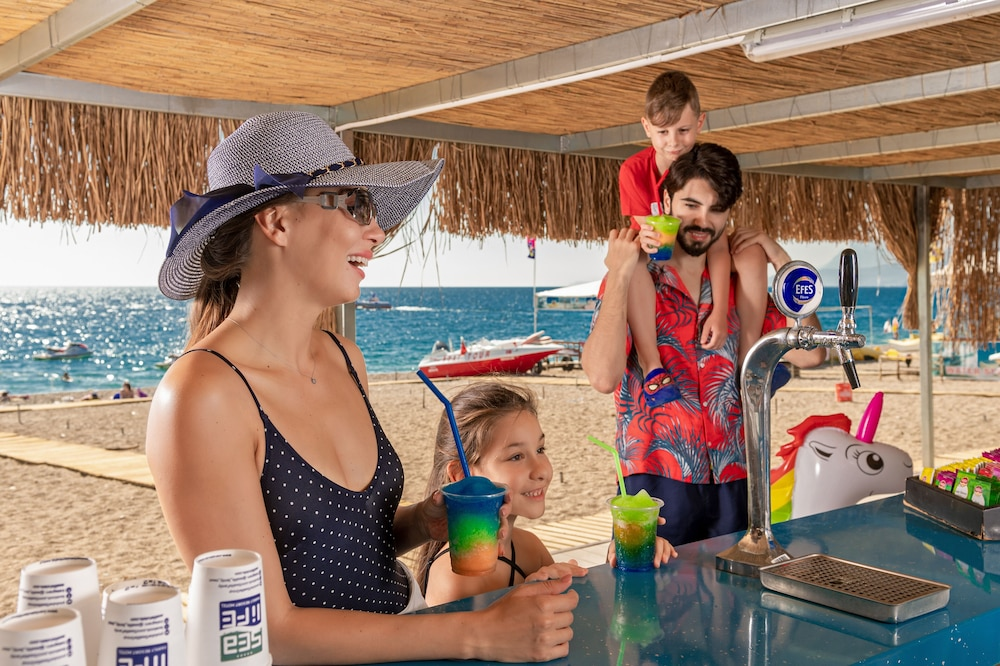 Beach Bar, Sealife Family Resort Hotel