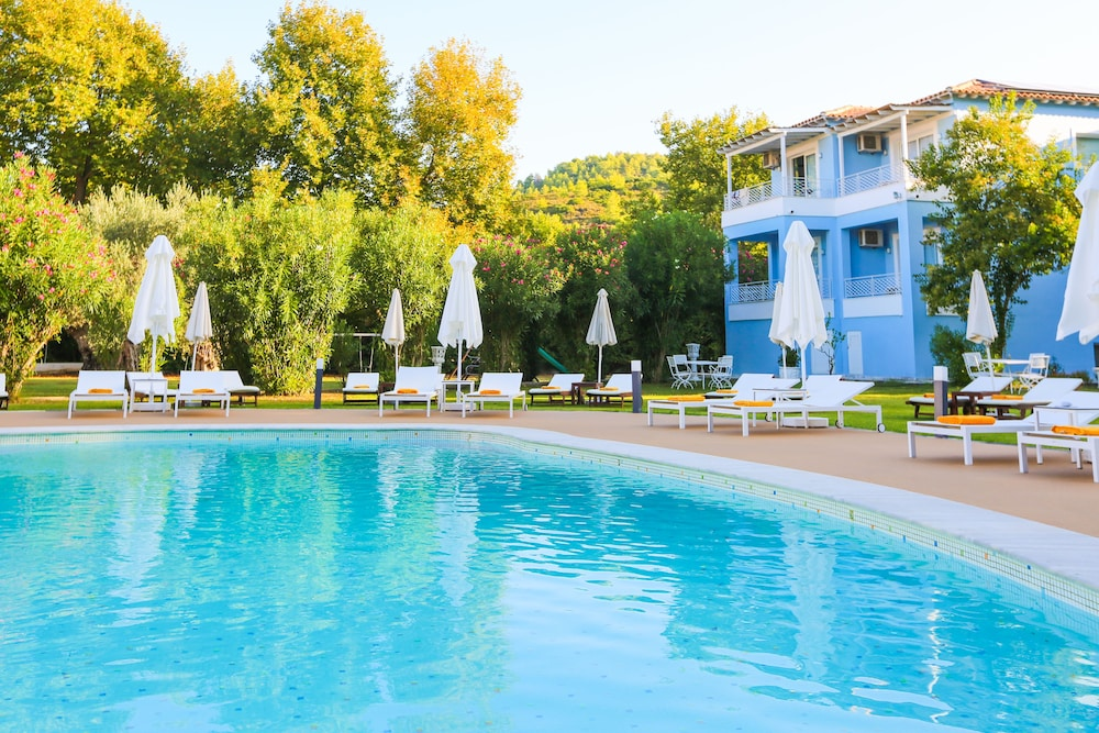 Outdoor Pool, Mandraki Village Boutique Hotel