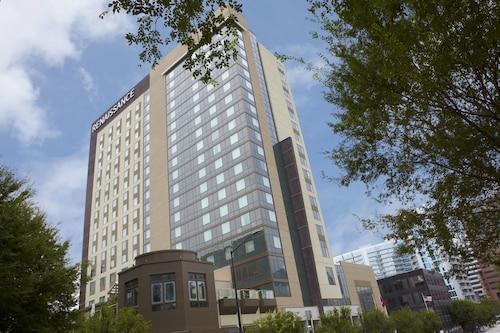Great Place to stay Renaissance Atlanta Midtown Hotel near Atlanta