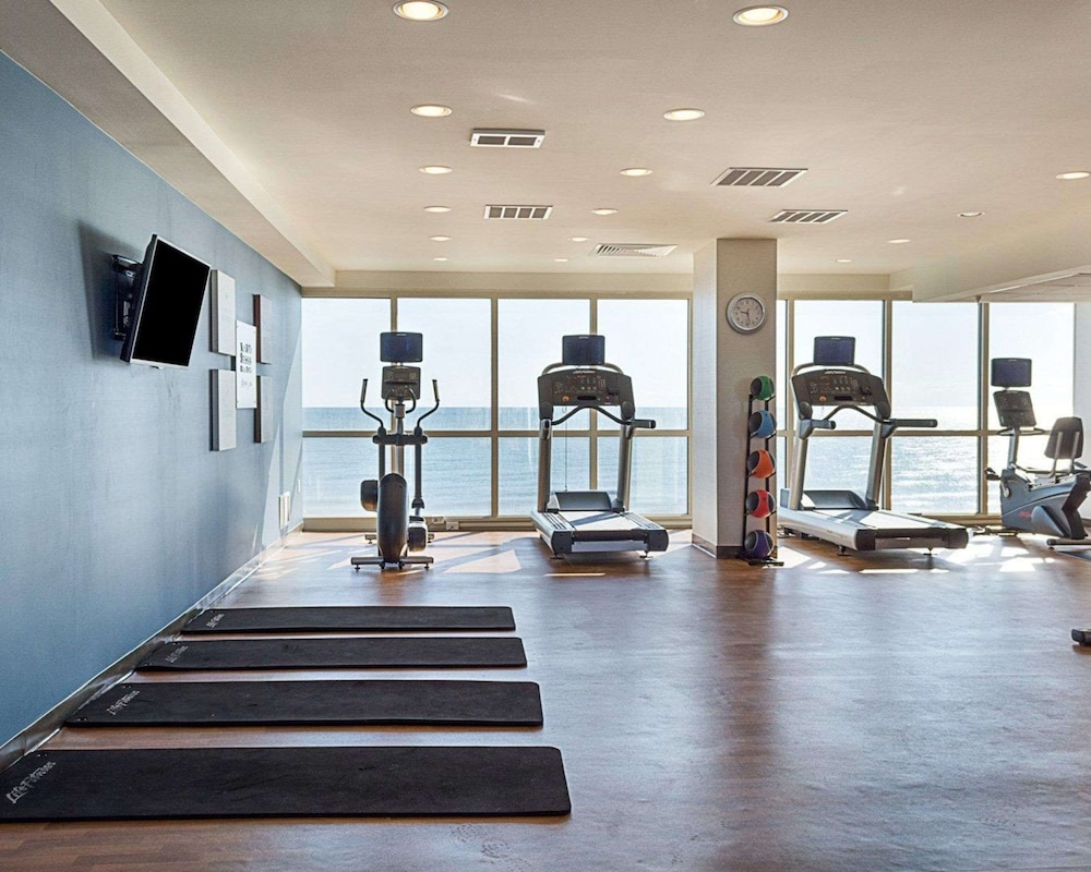 Fitness Facility, Comfort Suites Beachfront