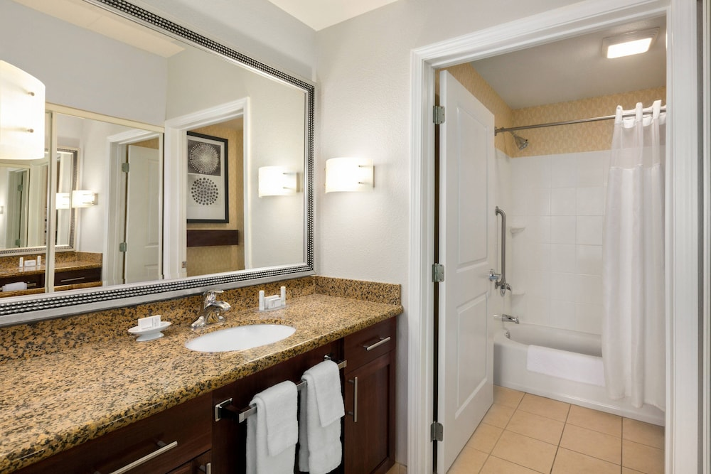 Bathroom, Residence Inn Marriott Hamilton