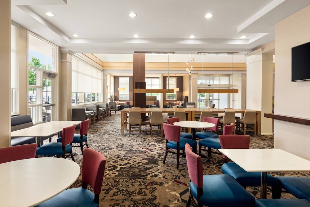 Restaurant, Residence Inn Marriott Hamilton