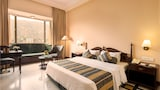 KK Royal Hotel & Convention Centre - Amer Hotels