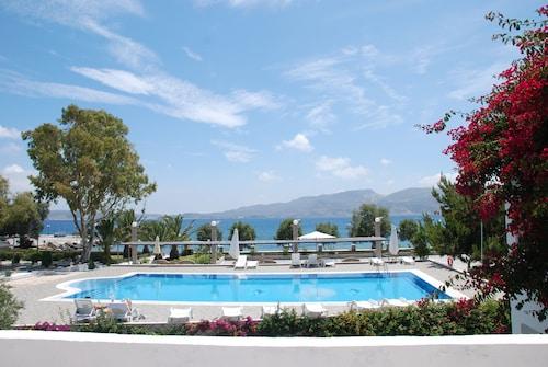 Lagada Beach Hotel