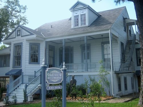 Check Expedia for Availability of Oakview Bed and Breakfast
