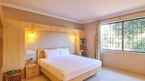 Minibar, in-room safe, free rollaway beds, free WiFi