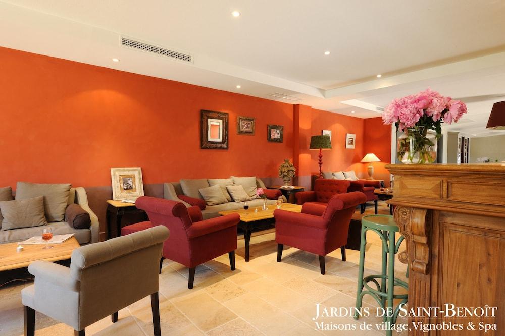 les jardins de saint beno t saint laurent de la cabrerisse fra. Black Bedroom Furniture Sets. Home Design Ideas