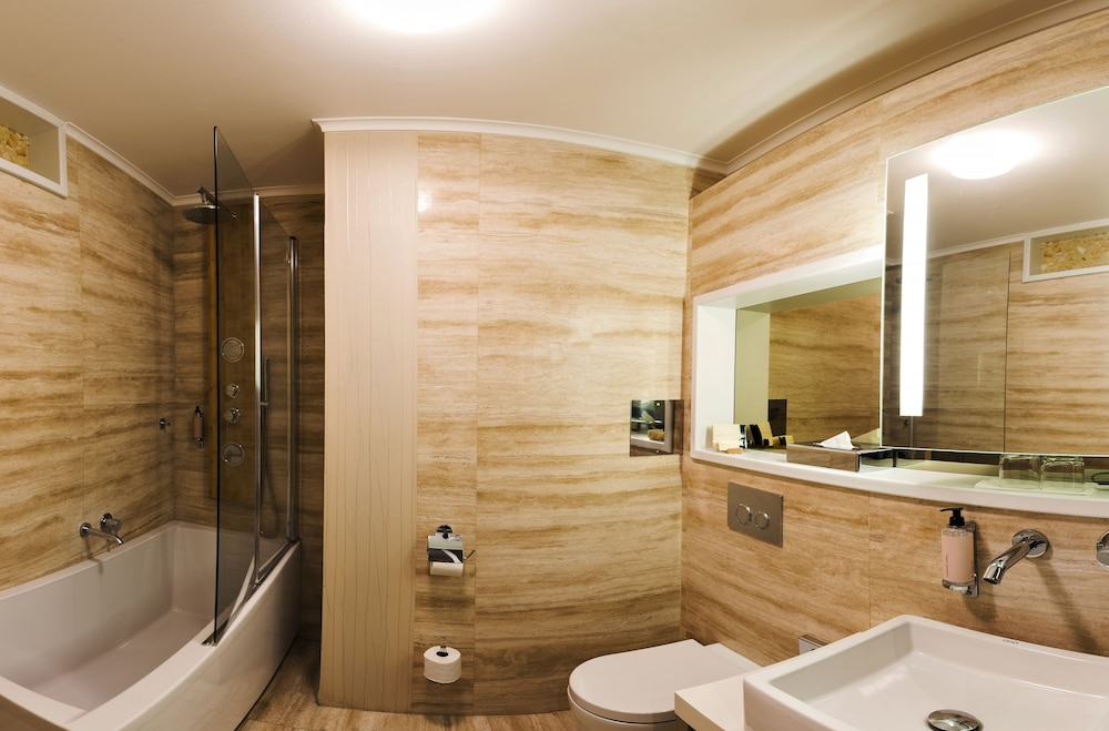 Mama 39 s design boutique hotel deals reviews bratislava for Hotel design 21 bratislava