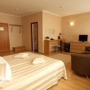Business Hotel Avrora