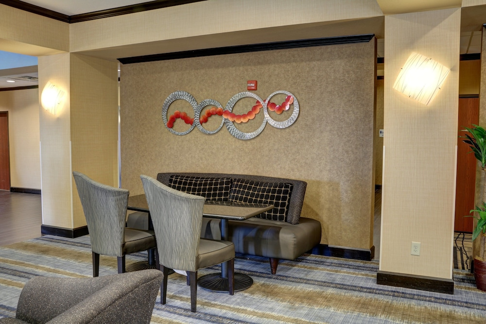 Lobby, Holiday Inn Express Hotel & Suites Texarkana East