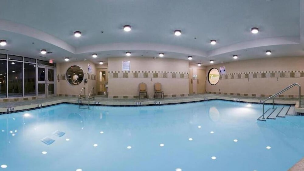 Indoor Pool, Holiday Inn Hotel & Suites Surrey East Cloverdale, an IHG Hotel