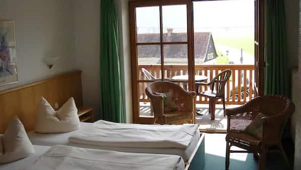 Allergikerbettwaren, Daunenbettdecken, Bettwäsche