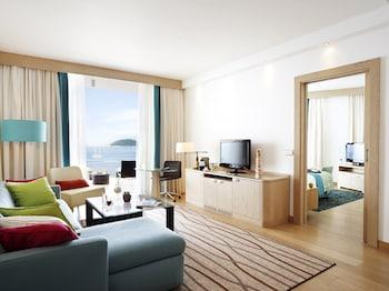 Na Moru 1 20234, Dubrovnik  Croatia.