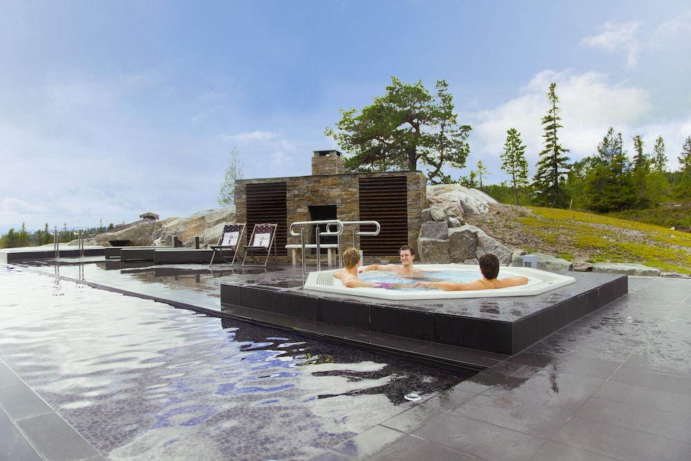 Outdoor Spa Tub, Norefjell Ski & Spa, an Ascend Hotel Collection Member