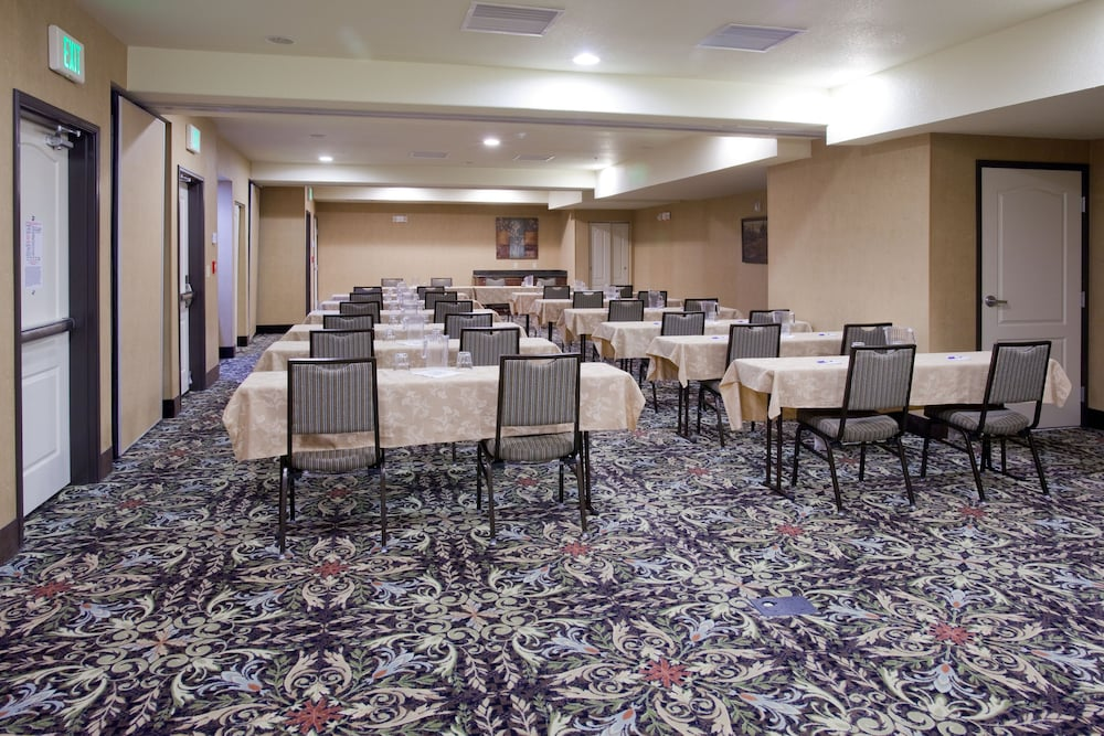 Meeting Facility, Holiday Inn Express Hotel and Suites West Valley