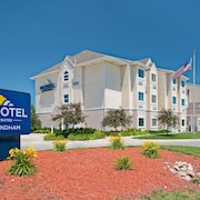 Microtel Inn & Suites by Wyndham Council Bluffs/Omaha