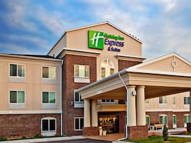 Holiday Inn Express Hotel & Suites Dubuque, an IHG Hotel