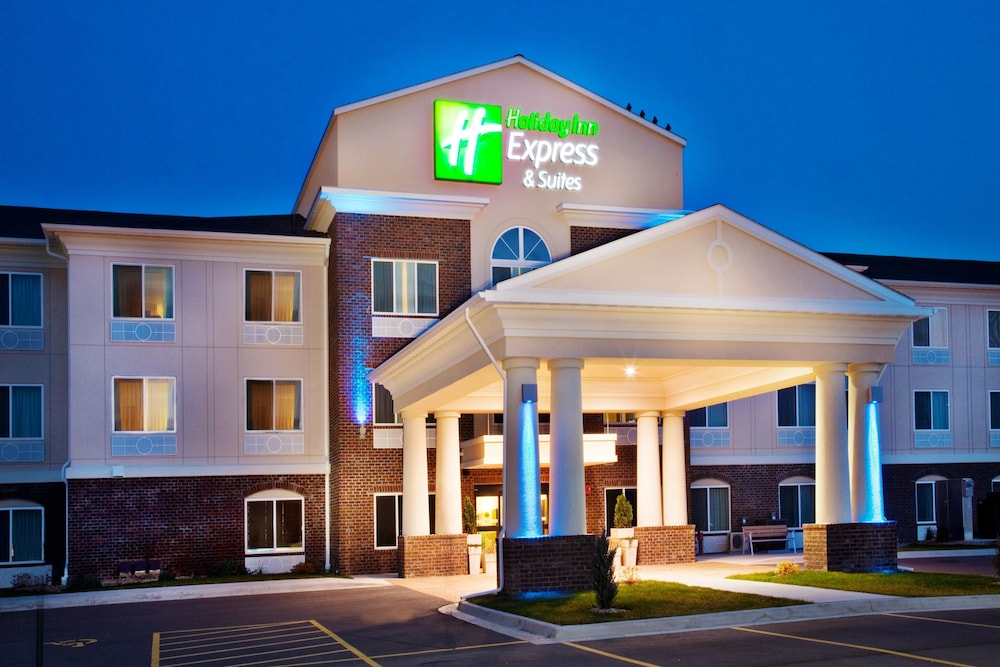 Exterior, Holiday Inn Express Hotel & Suites Dubuque, an IHG Hotel