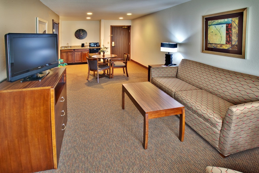 Room Amenity, Holiday Inn Express Hotel & Suites Dubuque, an IHG Hotel