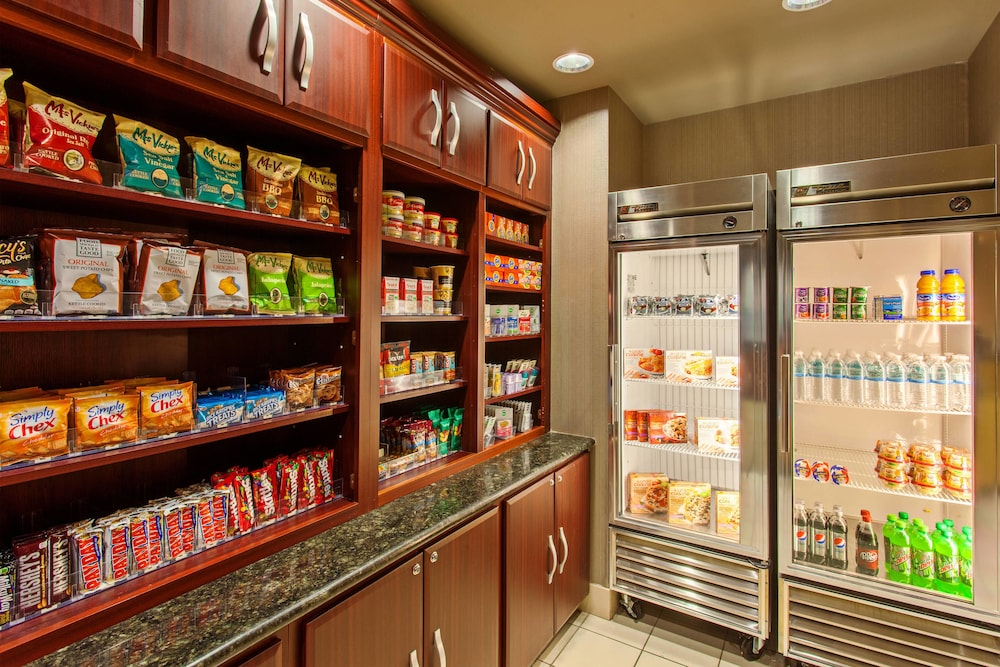 Gift Shop, SpringHill Suites by Marriott El Paso