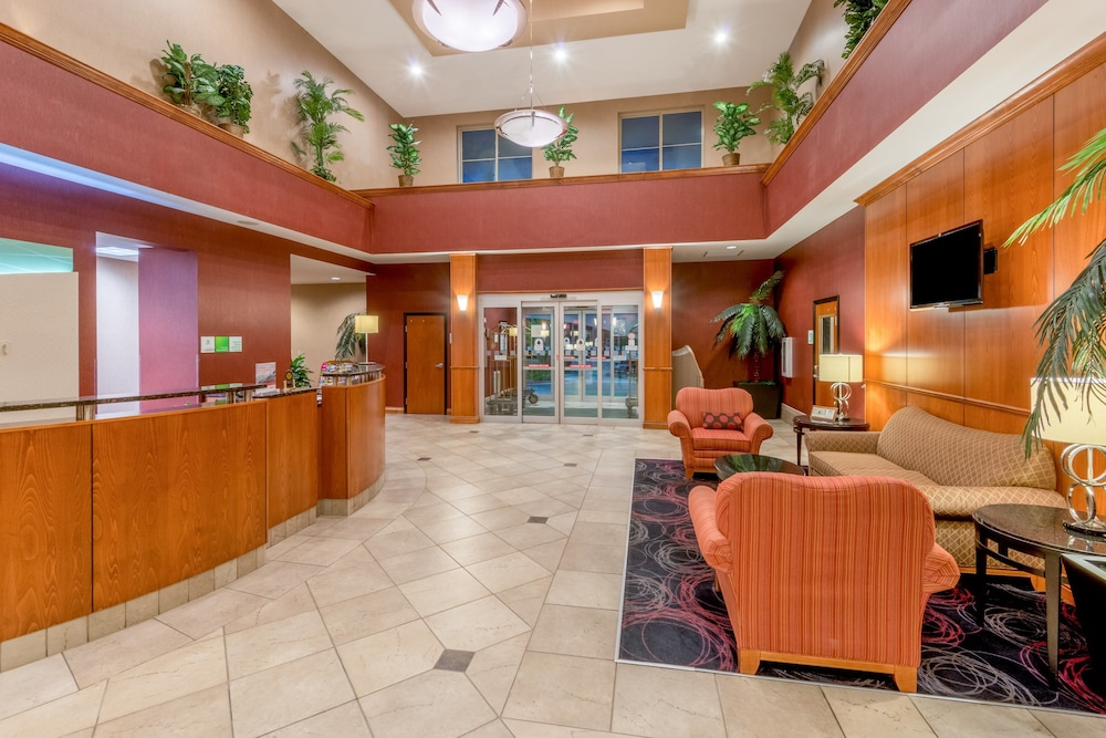 Lobby, Holiday Inn and Suites Grand Junction, an IHG Hotel
