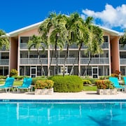 Aqua Bay Club Luxury Condos