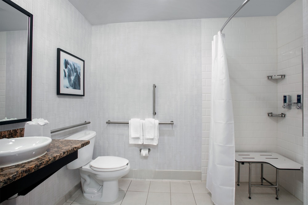 Bathroom, Four Points by Sheraton Fort Lauderdale Airport - Dania Beach