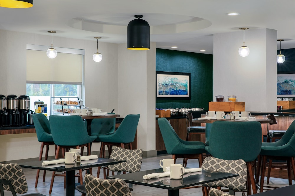 Restaurant, Four Points by Sheraton Fort Lauderdale Airport - Dania Beach