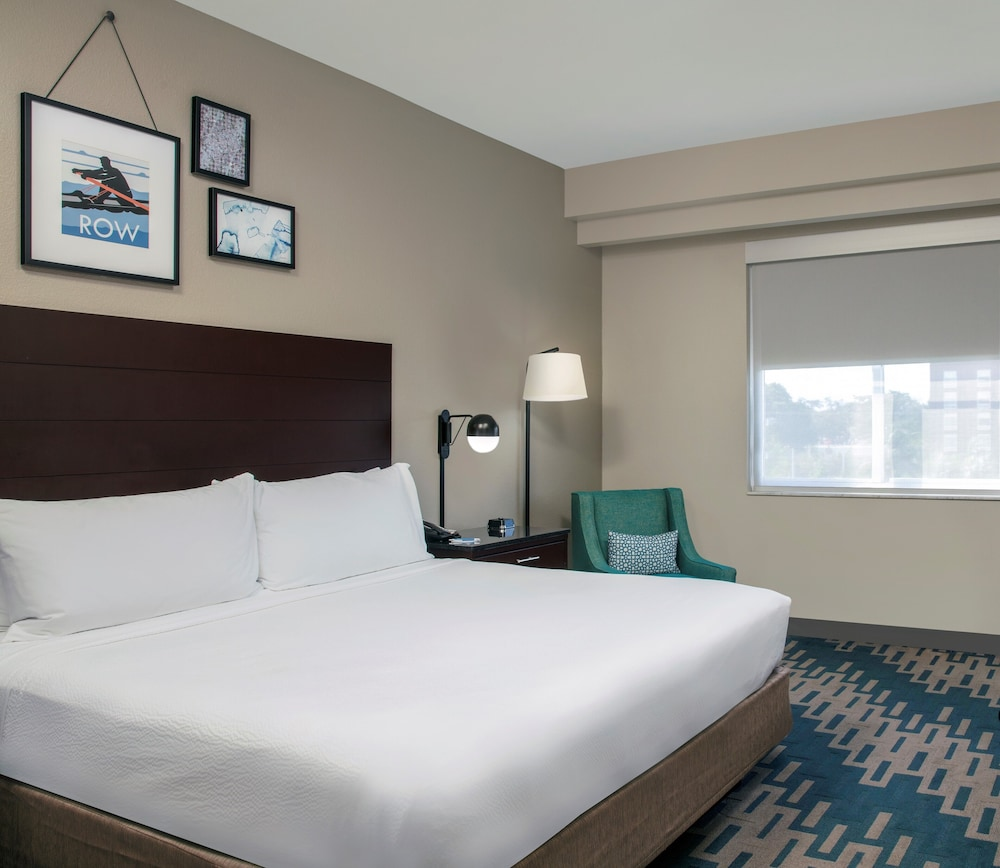 Room, Four Points by Sheraton Fort Lauderdale Airport - Dania Beach
