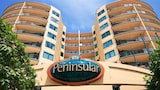 Peninsular Beachfront Resort - Mooloolaba Hotels
