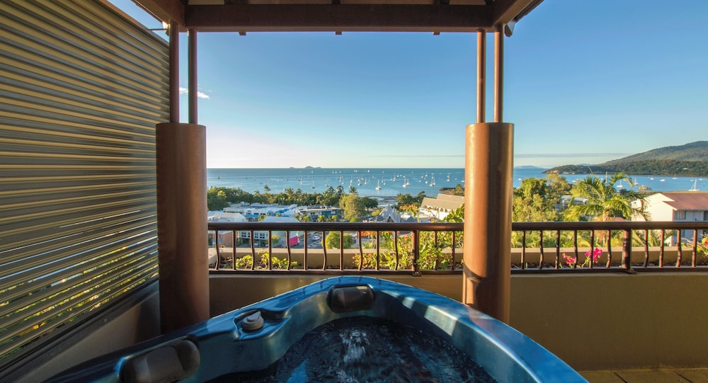 Jetted Tub, at Water's Edge Resort