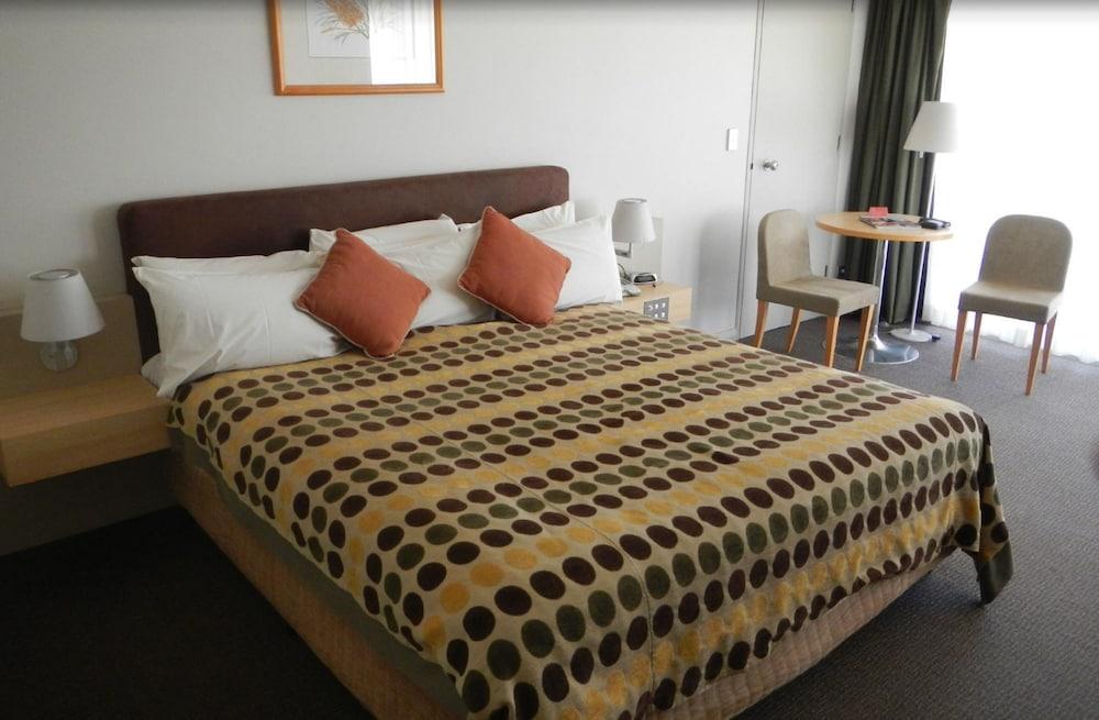 Desert Gardens A Member Of Novotel Hotels (Yulara, AUS) | Expedia.com.au
