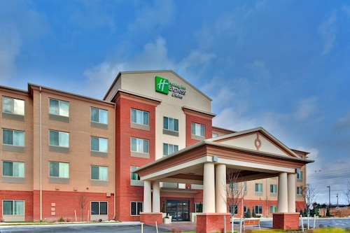 Holiday Inn Express & Suites Dewitt (Syracuse)