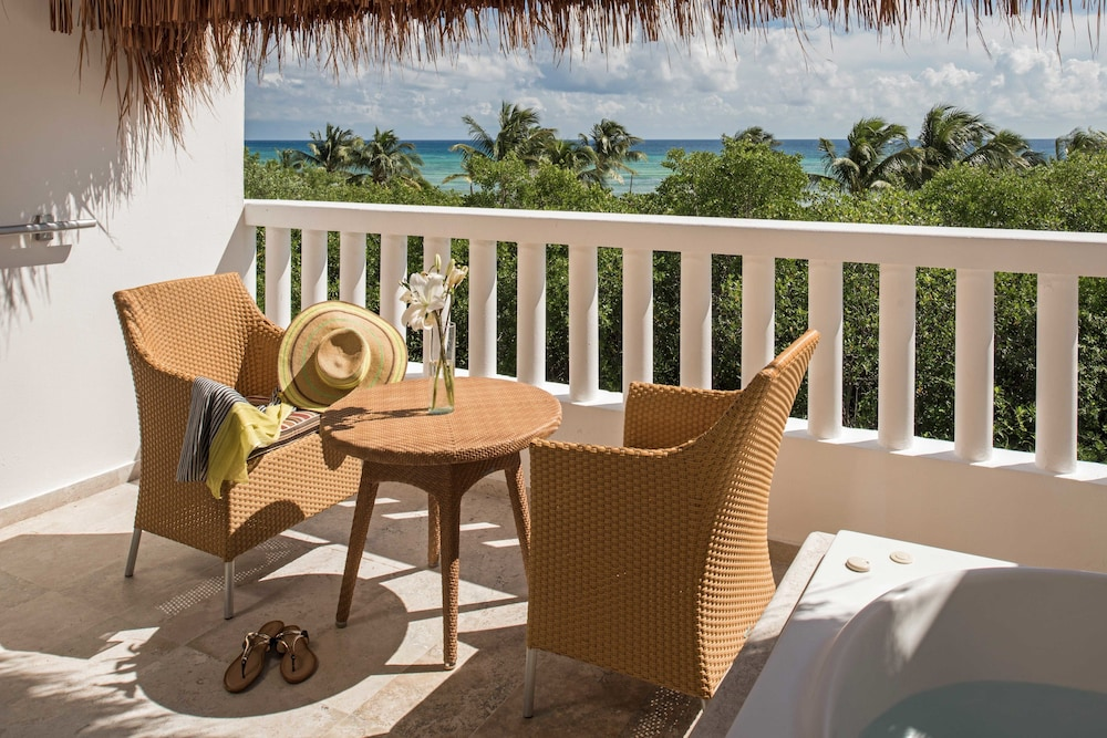 Balcony, Grand Riviera Princess All Suites Resort & Spa All Inclusive