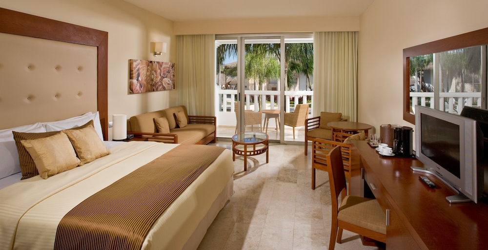 Room, Grand Riviera Princess All Suites Resort & Spa All Inclusive