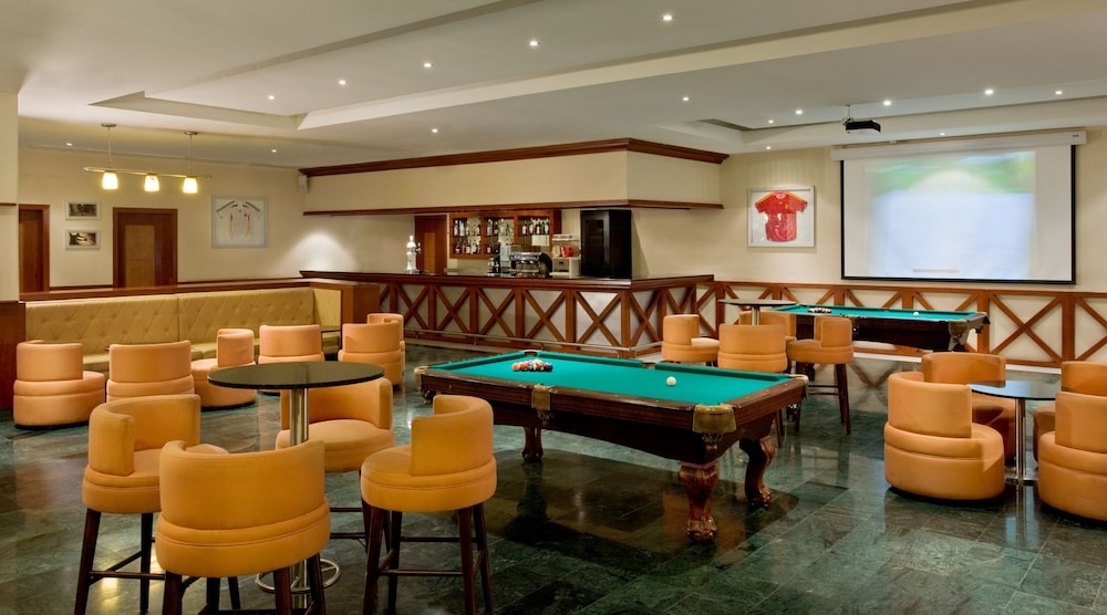 Billiards, Grand Riviera Princess All Suites Resort & Spa All Inclusive