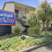 Garibaldi Inn at the Bay